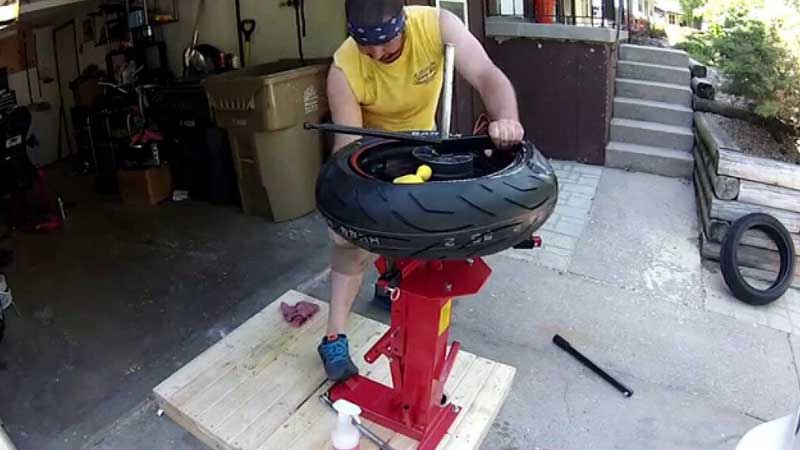 Best Motorcycle Tire Changer Reviews