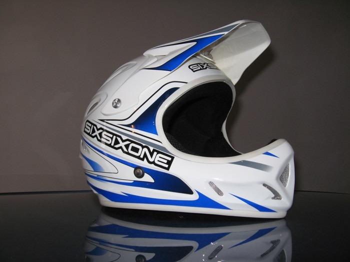 Full-face-helmet