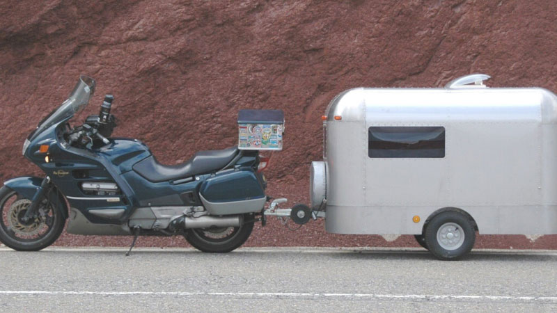 Is It Safe To Pull a Trailer Behind Your Motorcycle