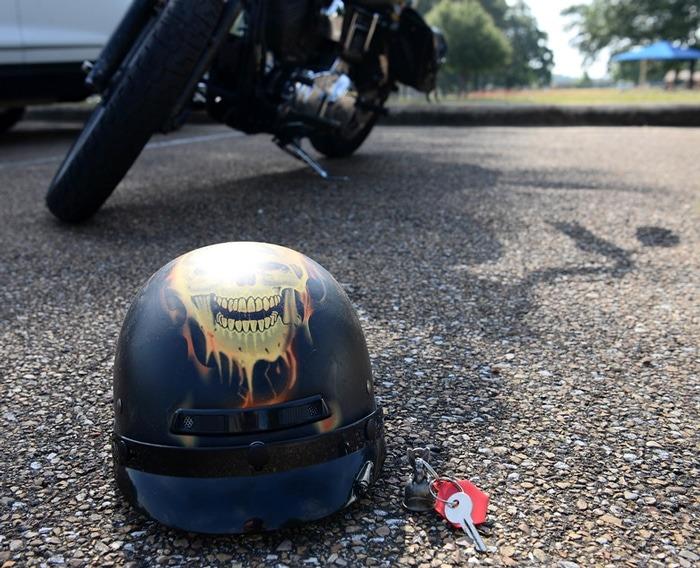 Motorcycle-Helmet-meterials
