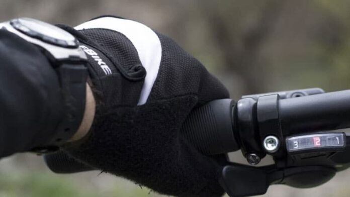 Easy Ways To Wash Motorcycle Gloves Properly
