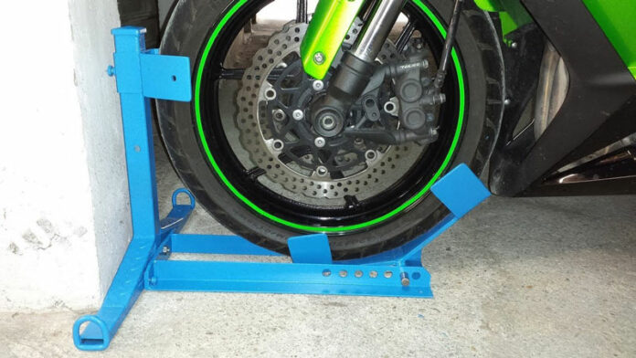 Homemade Motorcycle Wheel Chock: 5 Amazing Ideas