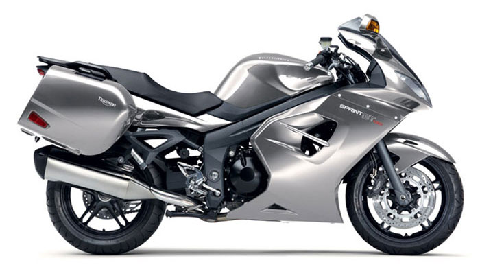 2012 Triumph Sprint GT1050 Review