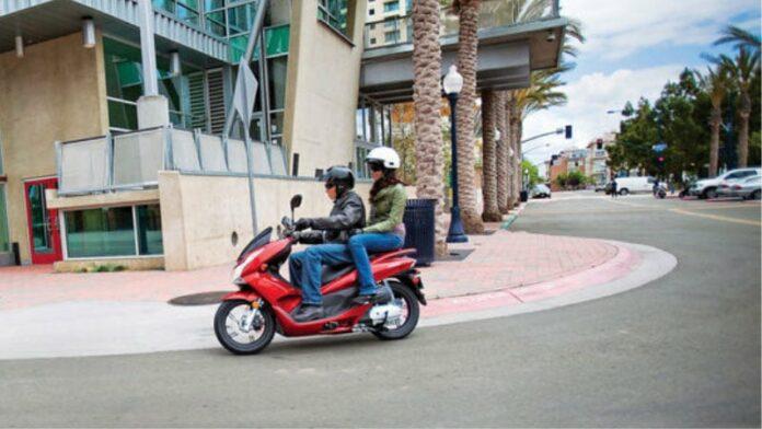 2013 Honda PCX 150 & Metropolitan Scooters Revealed
