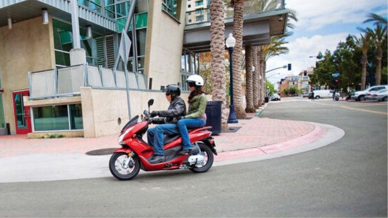 2013 Honda PCX 150 & Metropolitan Scooters