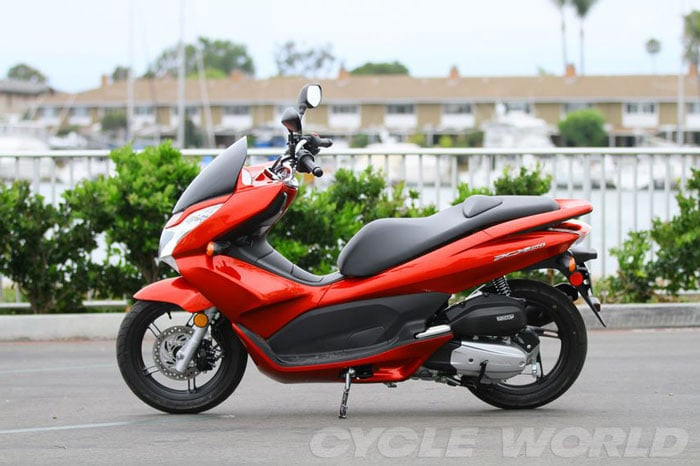 2013 Honda PCX 150 Scooter