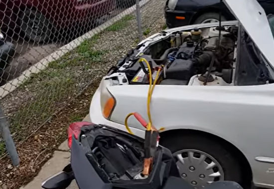 Connecting the Jumper Cable to the Car's Battery