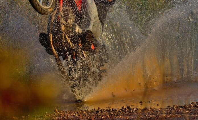 Best Motorcycle Rain Gear Reviews: Suit Up for the Weather