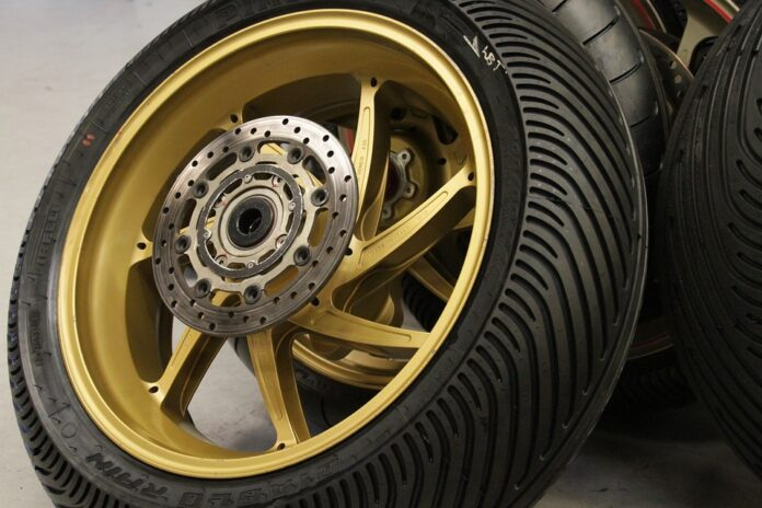 The Best Motorcycle Tires for Cruisers: Reviews and Buyer's Guide