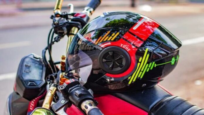 How to Tell If a Motorcycle Helmet Is Too Small