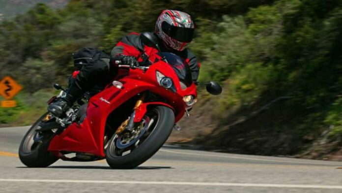 How to Shift Gears on a Motorcycle Efforlessly