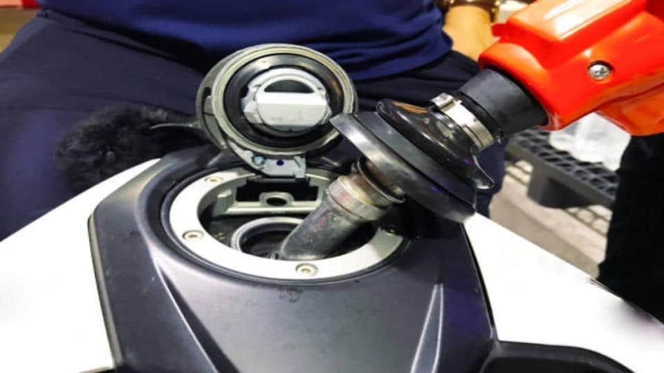 refilling gas tank